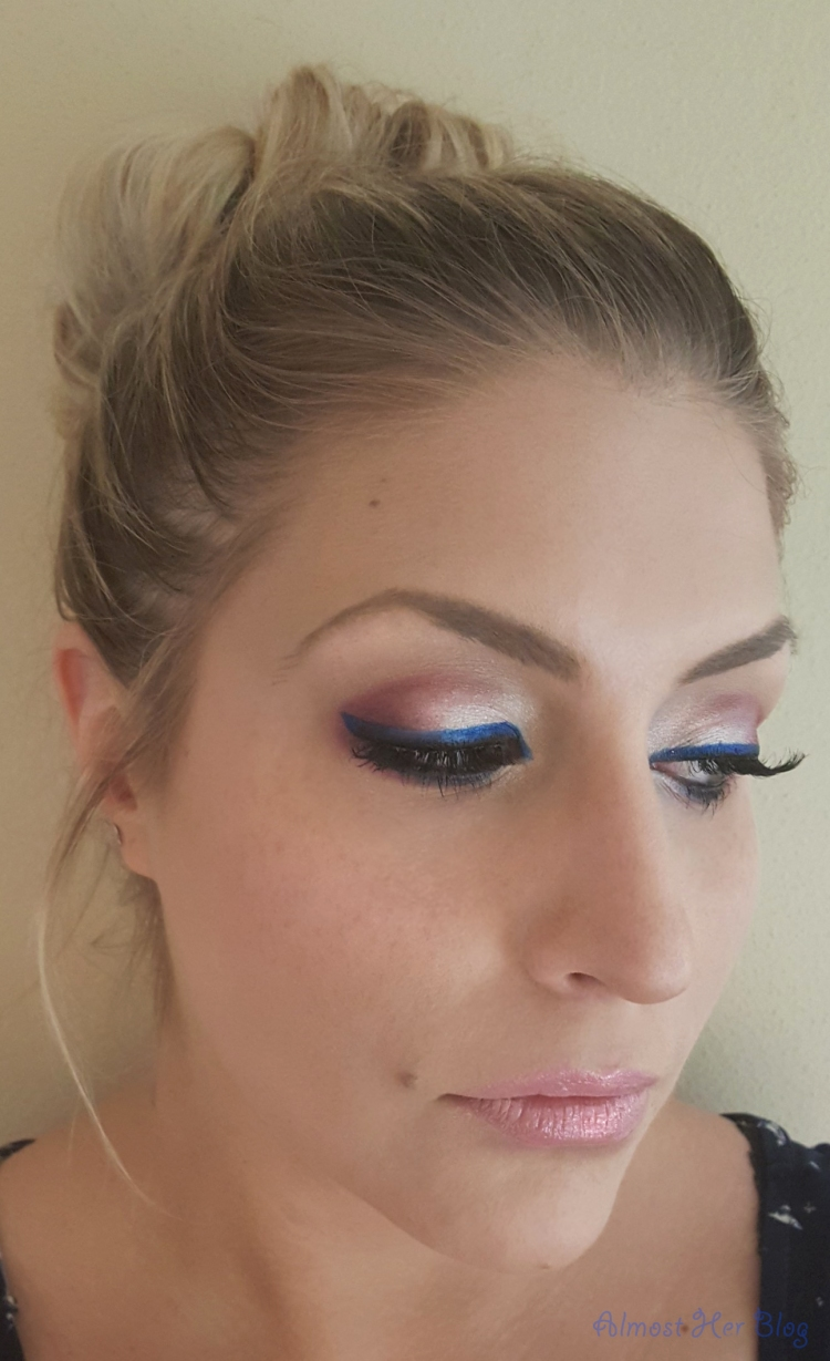 4th of July Eyeshadow Look!  Red, White, and Blue from Almost Her Blog! #makeup