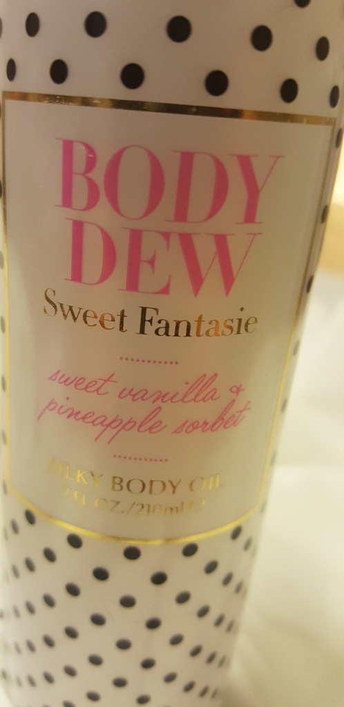Pure Romance Body Dew! LOVE this for making tattoos look new! #pureromance #bodydew #tattoo #suncare #bodyoil