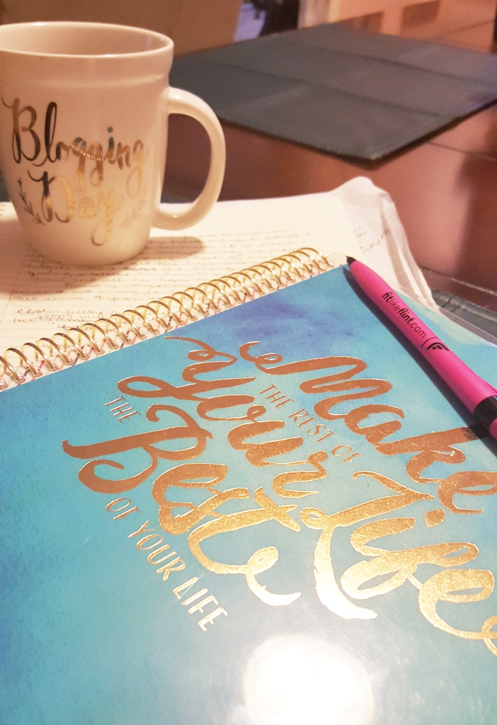 Blogging Day mug!! Make the rest of your life the best of your life journal! #happyjournal #bloggingday
